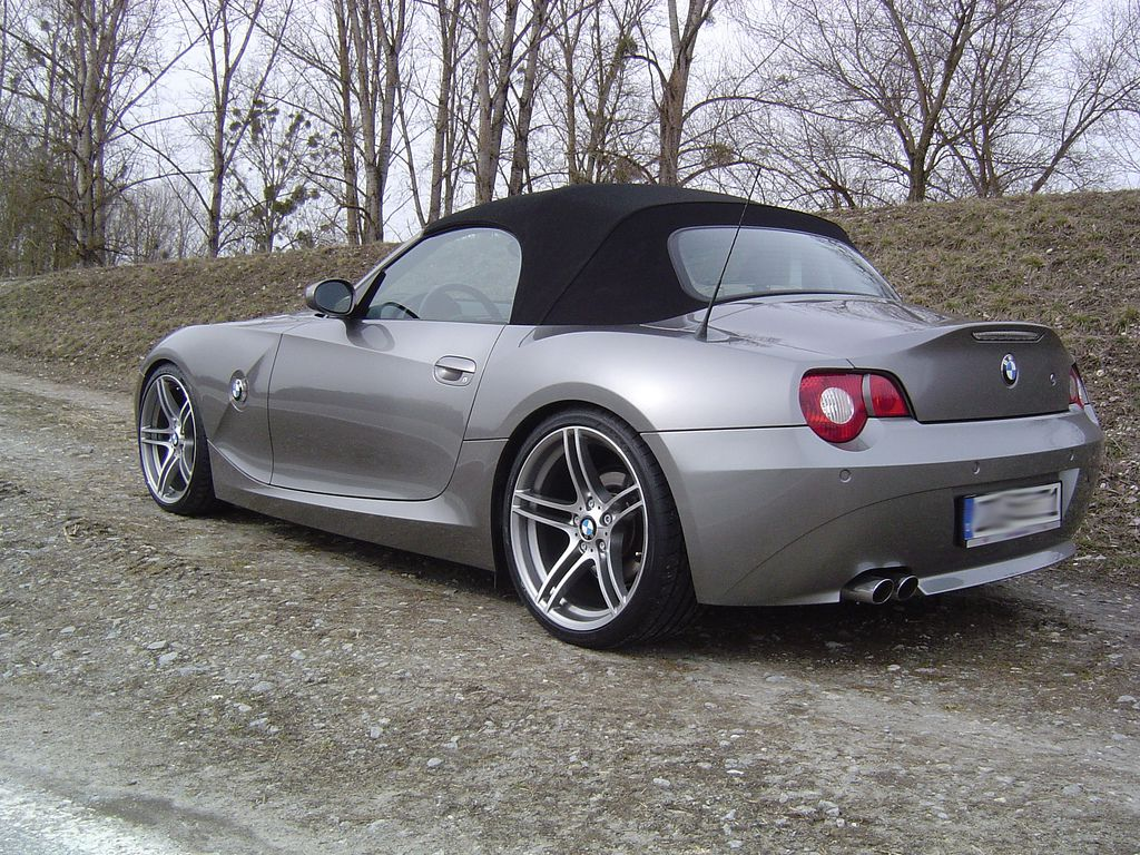 top gear bmw z4 pictures to pin on pinterest pinsdaddy. Black Bedroom Furniture Sets. Home Design Ideas